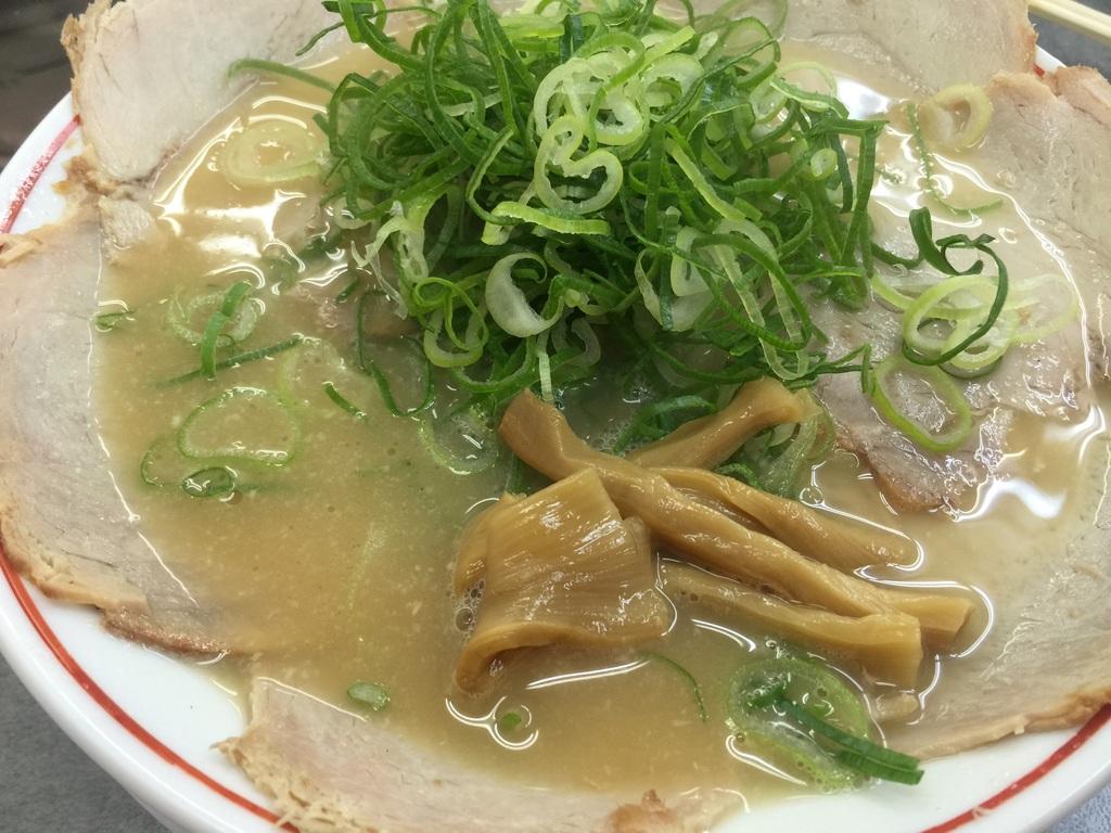 20150531132855 名門 特製チャーシュー麺